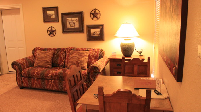 Living Room & Table